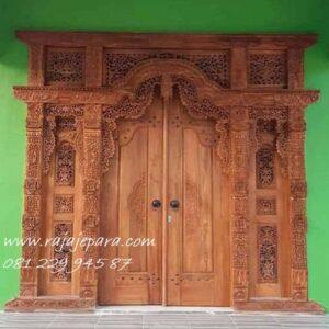 Pintu-Rumah-Gebyok