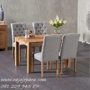 Desain meja makan kayu jati minimalis set 4 kursi dengan jok busa empuk dan top daun kaca model desain modern dan klasik Jepara harga murah