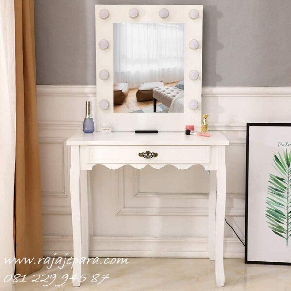 Harga meja rias lampu kayu mahoni dan jati cat duco warna putih model desain set kursi kaca cermin lengkap minimalis mewah modern harga murah