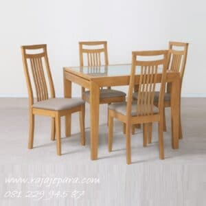 Kursi-Meja-Makan-Kayu-Jati