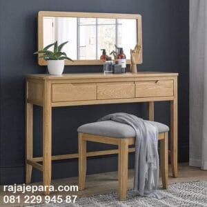 Meja rias jati minimalis modern harga murah model desain set kursi dan kaca cermin kayu asli Jepara klasik dan terbaru anak perempuan