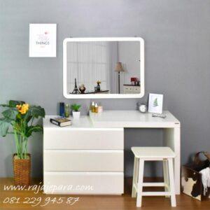 Meja rias minimalis putih harga murah model set kursi dan kaca cermin desain laci modern anak perempuan warna terbaru ukuran kecil sederhana