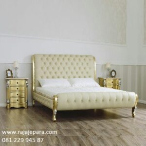 Tempat tidur desain mewah terbaru model set kamar minimalis modern dan klasik jok busa kualitas dari kayu jati dan mahoni Jepara harga murah