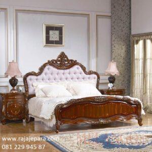 Tempat tidur mewah Jepara ukir ukiran motif mawar model desain set kamar modern klasik kuno terbaru jok busa warna puti kayu jati harga murah