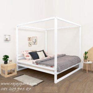 Tempat tidur minimalis kanopi murah model terbaru desain set kamar dewasa modern dan klasik warna putih cat duco kayu Jepara harga murah