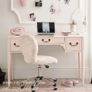 Meja belajar pink anak perempuan karakter hello kitty dan princess kombinasi warna putih model desain minimalis mewah modern terbaru harga murah