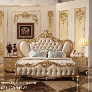Model tempat tidur klasik modern minimalis mewah terbaru dari kayu jati dan mahoni ukir ukiran Jepara jok busa empuk emas / gold harga murah