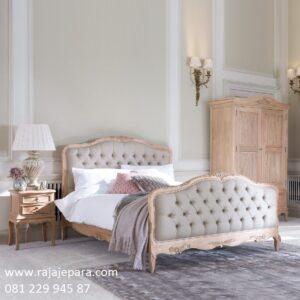 Model tempat tidur kasik terbaru kayu jati ukir ukiran motif bunga mawar Jepara desain set kamar jok busa mewah dan modern kuno harga murah