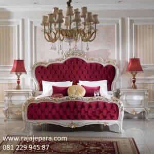 Tempat tidur klasik modern classic model desain set kamar minimalis mewah terbaru warna putih kain beludru merah ukir ukiran Jepara harga murah