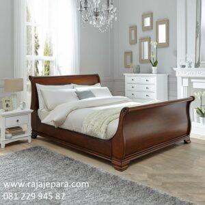 Tempat tidur klasik murah kayu jati Jepara model desain set kamar ukiran bagong minimalis mewah modern dan unik terbaru harga termurah