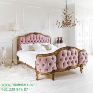 Tempat tidur mewah model terbaru klasik modern model desain satu set kamar jok busa warna pink emas kayu jati Jepara ukir ukiran harga murah