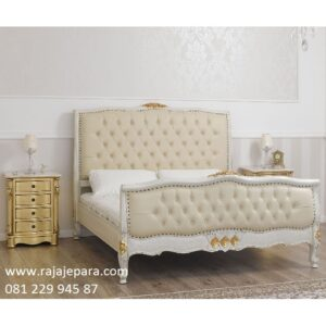 Tempat tidur mewah Surabaya harga murah model desain set kamar warna putih cat duco kayu mahoni ukir ukiran Jepara terbaru modern klasik