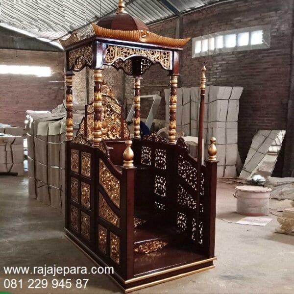 Jual mimbar masjid kayu jati gambar motif ukir-ukiran Jepara model desain tongkat podium khutbah minimalis modern dan sederhana harga murah