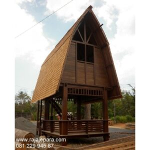Rumah gazebo minimalis sederhana tingkat model desain saung rumah Lombok kayu jati dan mahoni atap sirap untuk taman hotel harga murah