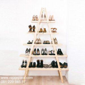 Rak-Sepatu-Unik